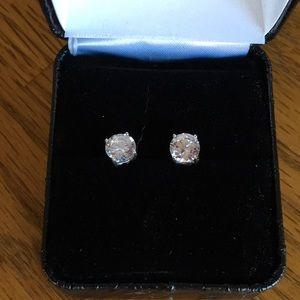 Jewelry - Cubic zirconium earrings